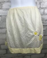 "Vintage Greenco Maid Short Half Slip Nylon Yellow Embroidered Flower 15"" Medium"