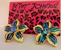 NWT BETSEY JOHNSON OCEAN BLUE HAWAIIAN FLOWER CRYSTAL ENAMEL EARRINGS