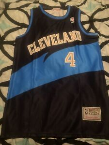 Cleveland Cavaliers Black Shawn Kemp #4 Mitchell and Ness Throwback Jersey S-2XL