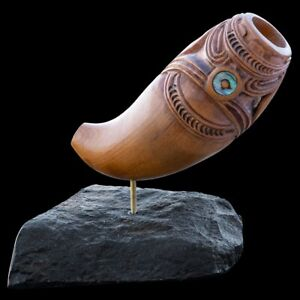 AMAZING Maori Sculpture,Flute (Nguru) Carved in Matai wood, Paua Shell Inlay