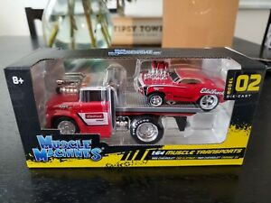 Maisto Muscle Machines 1:64 Muscle Transports 1966 C60/ 1969 Chevy Camaro SS