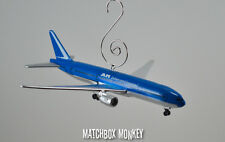 Boeing 777 -200 Airplane Custom Christmas Ornament 1/400 International Aircraft