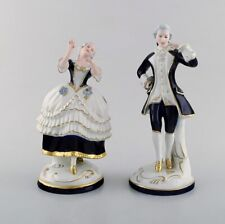 Royal Dux. Dancing rococo couple in porcelain. 1940's.