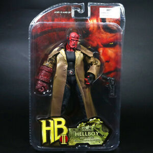"""Mezco Hellboy Golden Army HB 7"""" Action Figure Smoking Ver. Series 2 1:12 Scale"""