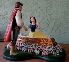 Walt Disney collection A kiss brings love Anew