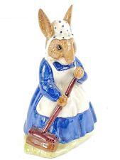 "Vintage Royal Doulton 1972 Mrs Bunnykins Clean Sweep Db6 4"" Figurine England"