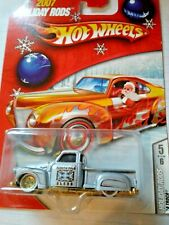 hot wheels holiday rods la troca low rider silver with gold