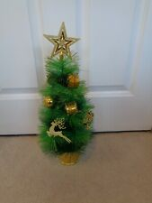 BRAND NEW 45CM DECORATED ARTIFICIAL MINI CHRISTMAS TREE - GREEN WITH GOLD
