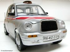 "SUN STAR TX1 London Taxi Cab 1998 ""American Airlines"" Scale 1:18"