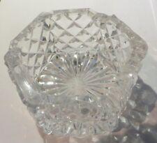 Cendrier hexagonal en verre ciselé