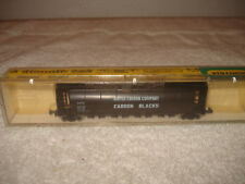 MODEL TRAIN N SCALE MINITRIX UNITED CARBON CENTER FLOW WITH CASE #3122 NICE