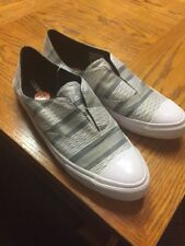 8 mens 10 Women's  Nwt slides low top Shoes Grey/white Casual Fashion converse