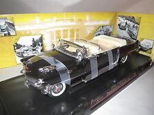 "Road Signature  ""1956"" Cadillac Presidential Parade Car (schwarz/beige) 1:24 OVP"