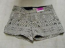 """Merona Women's 3"""" Chino Shorts, White/Black, 18"""