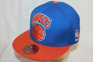 New York Knicks Hat Cap Fitted XL Logo Fitted Blue Knicks w/ball NBA