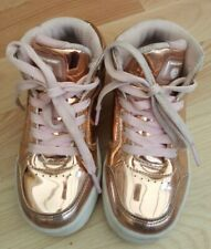 GIRLS ROSE GOLD SKETCHERS SHOES TRAINERS SIZE 9.5 LIGHTS