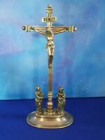 Christ crucifix ancien en bronze Code CZ24