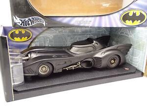 Hot Wheels Elite 1/18 - Batman Batmobile 1989