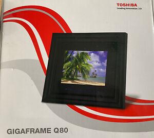 Toshiba Gigaframe Q80 8 inch Digital Photo Frame