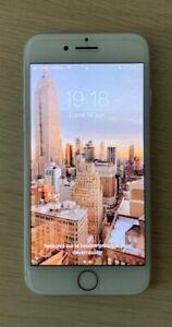 Apple iPhone 7 - 128 Go - Argent - Désimlocké - en très bon état