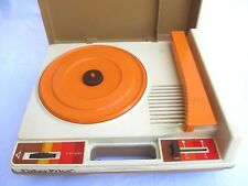 VTG..1978..FISHER PRICE..RECORD PLAYER/ TURNTABLE..#825 (33 45 RPM)..WORKS
