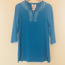 Quacker Factory Women's Top Blue Embellished Neck A77279 Size XS NWT 174