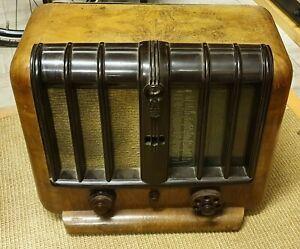 MINERVA 386 aus 1939  Röhrenradio aus Österreich