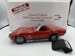 1/24 Danbury Mint 1969 Chevrolet Corvette Convertible Limited Edition Red