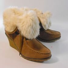 """brown  3""""high wedge heel  round toe  top off white  fur ankle boots size  7 p"""
