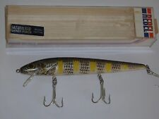 "Rebel Minnow Naturalized Shiner Perch Fishing Lure 5 1/2"" F3077SW Old Stock"
