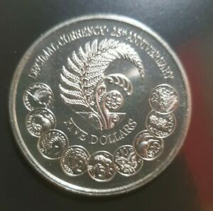 1992 Commemorative New Zealand Five Dollar Coin in Sealed Folder- Silver Anniver