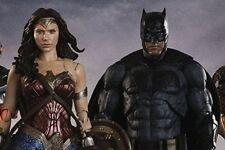 Bandai S.H. Figuarts Justice League Batman et Wonder Woman Set Japan version