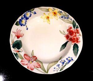 Villeroy Boch Flora Bella Large Rimmed Soup Bowl.