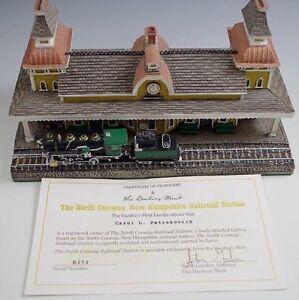 1993 DANBURY MINT THE NORTH CONWAY, NEW HAMPSHIRE RAILROAD STATION MIB