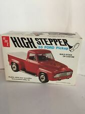 AMT 1953 FORD PICKUP TRUCK HIGH STEPPER 1/25 SPECIAL FEATURES.