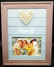 Vogue Family Timber Photo Frame With Rattan Love Heart Decoration