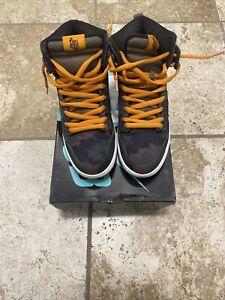 Size 9.5 • Nike SB Dunk High Premium 'FiveOneO Camo' • 646552-037 • Bloody sole