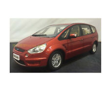 1:18 Dealer Edition Ford S-Max ie Cast Model Red