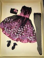 """~RESISTING A REST~ELLOWYNE WILDE~16"""" Fashion Doll OUTFIT    NRFB"""