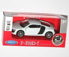 Welly - AUDI R8 V10 (White) Model Scale 1:34-1:39