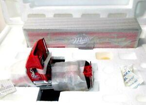Franklin Mint Precision Series Tractor/Trailer 1:43 Scale - Miller Beer Hauler