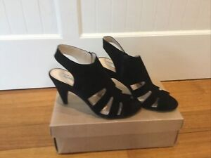 Black Suede Heels Size 8