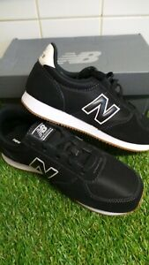 new balance trainers size 5.5 NEW black