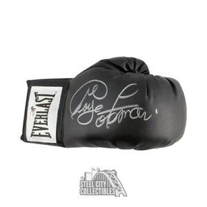 George Foreman Autographed Everlast Boxing Glove - George Foreman Hologram