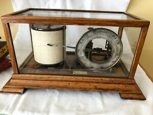 BAROMETER  barograph with  round DIAL