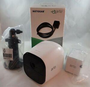 Netgear Arlo Go 3G/4G/LTE VML4030-100PAS HD Security Camera - T-Mobile