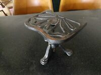 ANTIQUE JUSTRYTE BRITISH MADE CAST IRON FIREPLACE HEARTH BOOK STAND ENGLAND UK