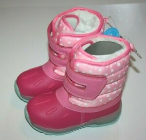 Carter's Heart Pink Snow Boots New NWT Size 8 MSRP: $52.00
