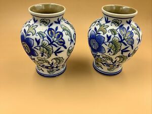 Pair Of Small Bowl Vases - Blue With And Flower Design