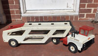Mighty Tonka Car Carrier 2 Piece Rig Red White Pressed Steel Truck Vintage 1970s